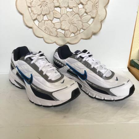 Photo Nike Mens initiator Running Shoes Size 7.5 - $40 (West University)