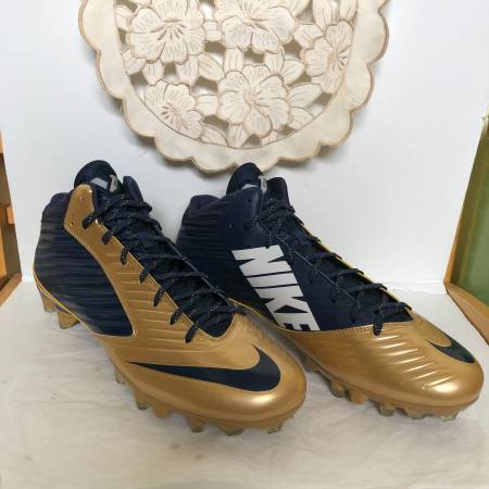 Photo Nike VaporSpeed  TD Football Cleats Size 15 - $45 (West University)