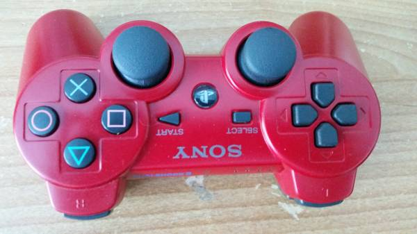 Photo PS3 Controller RED Wireless DualShock 3 - Original Sony PS3 - $30 (The Woodlands)
