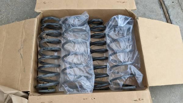 Photo Pontiac Firebird Trans Am WS6 Springs - $90 (Katy  West Houston)