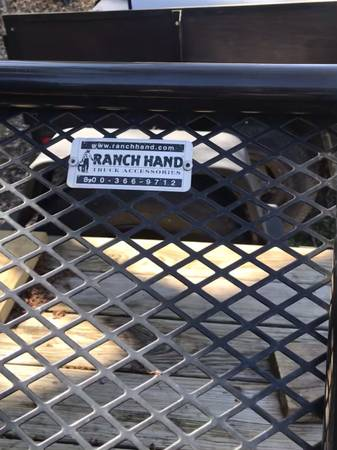 Photo Ranch Hand Bumper Guard  Nerf Bars w steps - $500 (Conroe)