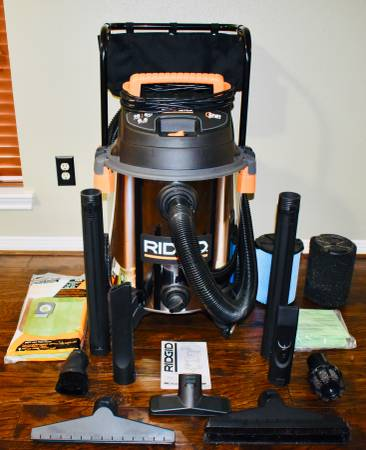 Photo Ridgid 16 Gal. 6.5-Peak HP Stainless Steel WetDry Shop Vacuum Extras - $250 (Houston - Bear Creek Village)