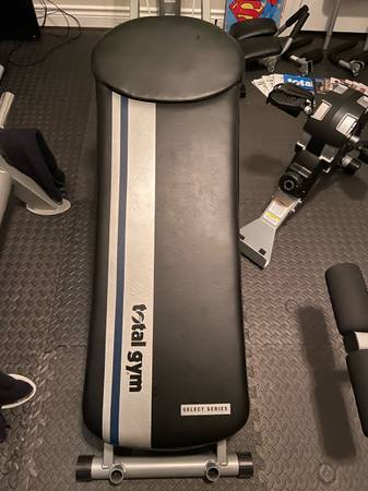 Photo Total Gym FIT Select Series w Cyclo Trainer - $700