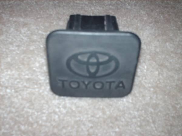 Photo Toyota Tundra  Tacoma Hitch Plug Genuine OEM Black Urethane - $12 (Tomball)