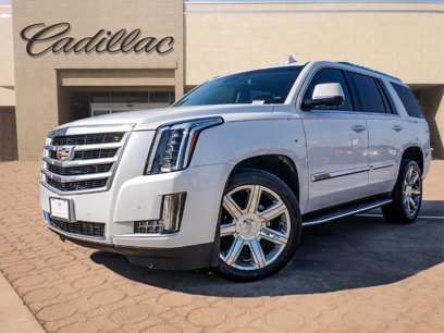Photo Used 2016 Cadillac Escalade 4WD Luxury for sale