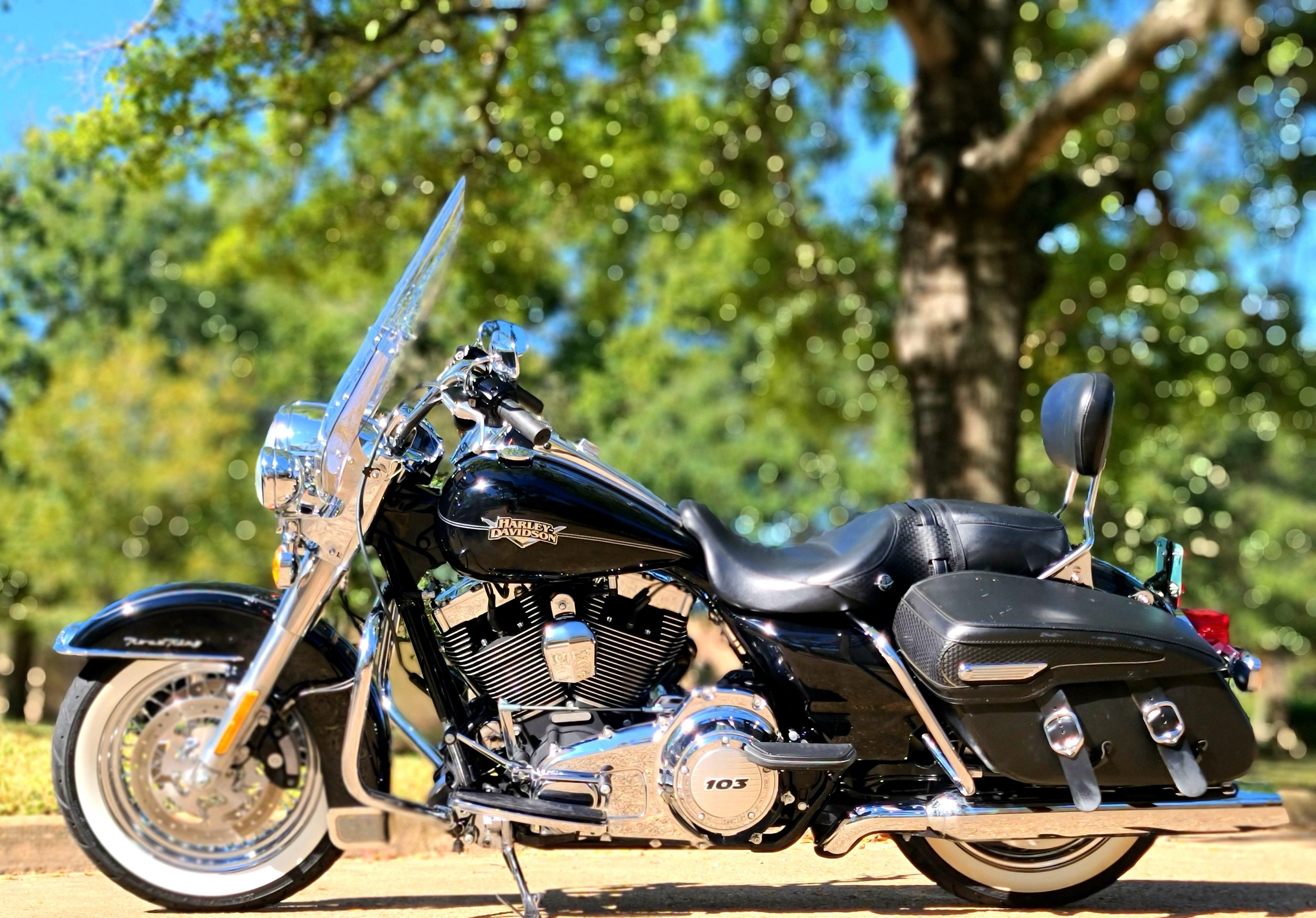 Photo 2013 Harley-Davidson ROAD KING CLASSIC $10800228.96228.96
