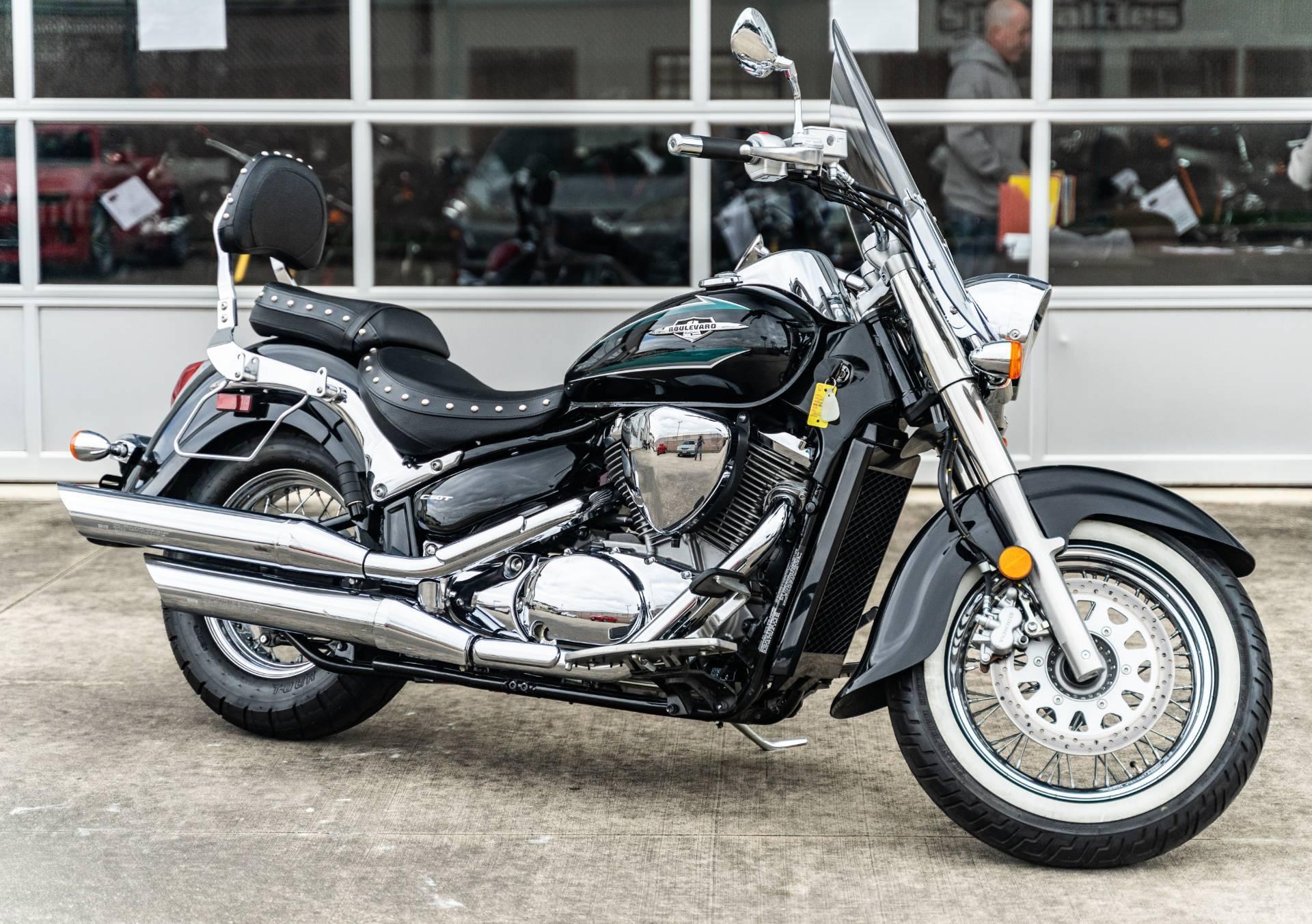 Photo 2017 Suzuki Motor Of America Inc. Boulevard C50T $7395
