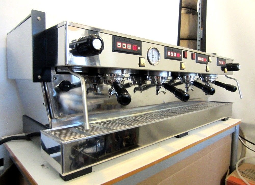 Photo La Marzocco Linea 4AV Espresso Machine Upgraded