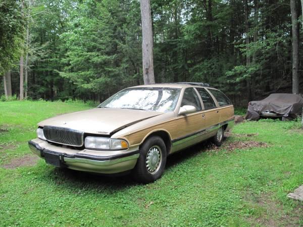Photo 1995 Buick Roadmaster Wagon for parts - FREE LT1 - $875 (Hurley, NY)