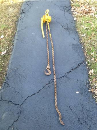 Photo 1 ton chain hoist with 10 feet if chain - $150 (Pine Bush)