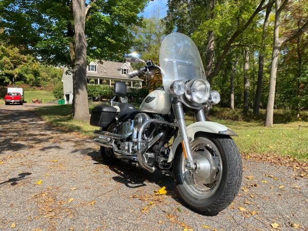 Photo 2003 Harley Davidson FatBoy Gold Key 100th Anniversary Edition - $7,500 (Ossining)