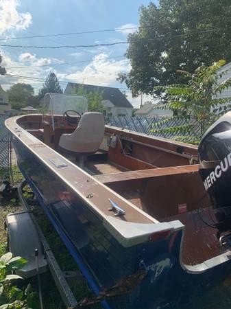 Photo 2006 Mercury EFI 4 Stroke 21 Blue Finn Center Console Fishing Boat - $5,500 (Kingston)