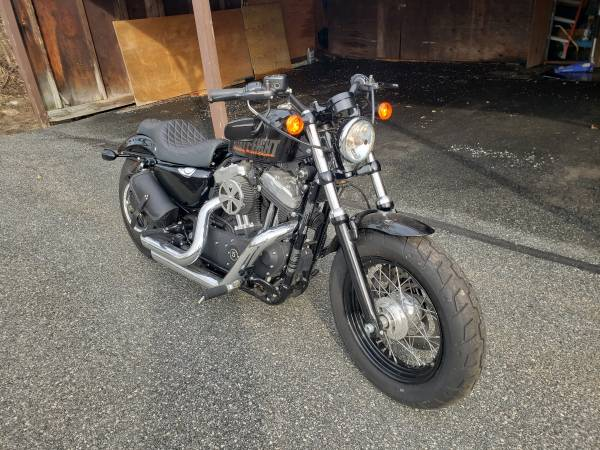 Photo 2015 Harley Sportster 48 2800miles - $8,500 (Monroe)