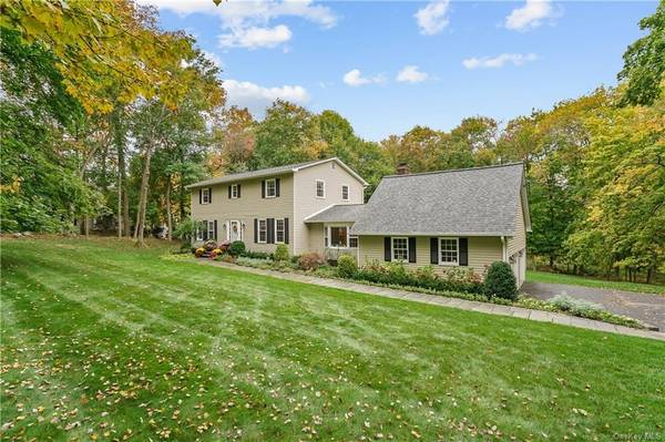 Photo Can you see it Home in Katonah. 4 Beds, 2 Baths (Granite Springs)