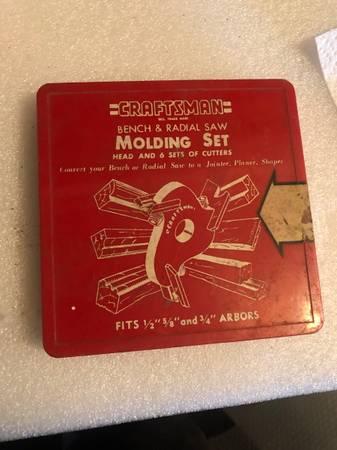 Photo Craftsman Bench and Radial Saw Molding Set - $45 (Montrose)