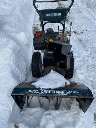 Photo Craftsman snowblower - $450 (Walden)