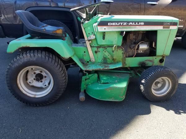 Photo Deutz Allis 914 Hydro Tractor - $300 (White Plains)