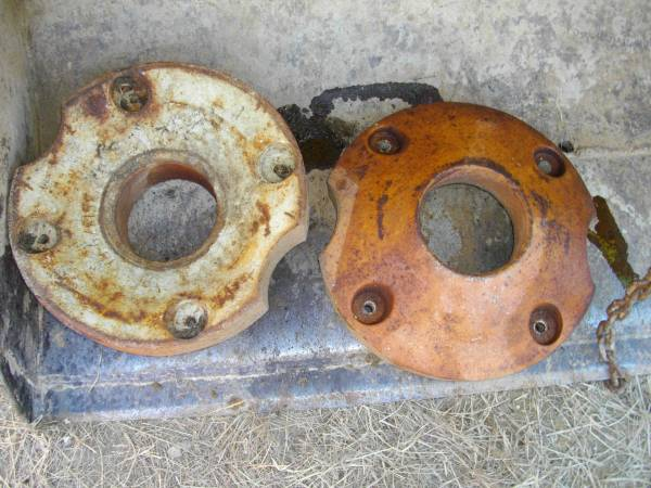 Photo Farmall Cub Front  Rear Wheel Weights (Poughkeepsie NY)