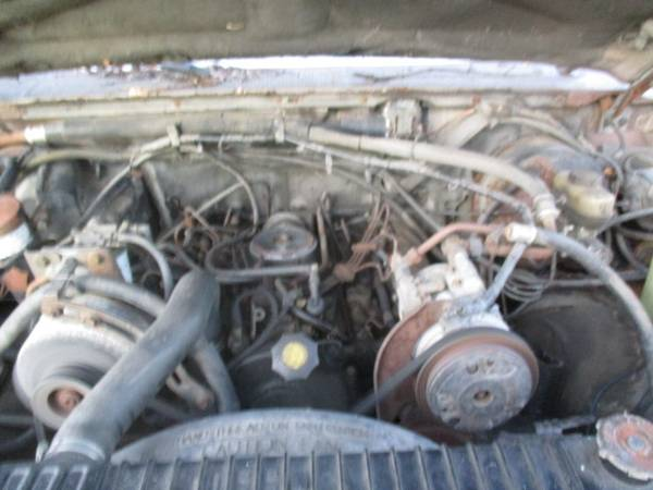 Photo Ford Truck 1988 7.3 IDI Diesel Engine Running (Poughkeepsie NY)