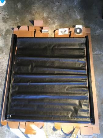 Photo Gator GTR-886954 SR2 Roll Up Tonneau Cover - New (Goshen, NY)