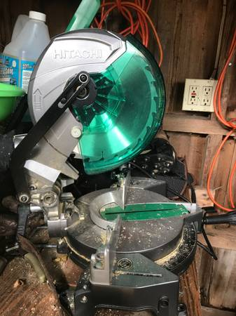 Photo Hitachi 10 inch 15  miter saw - $70 (Hunter)