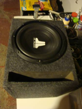 Photo JL Audio 10W0v2 10 inch 4ohm Sub WEnclosure - $200 (Hyde Park)