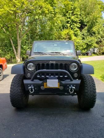 Photo Jeep Wrangler - $20,000
