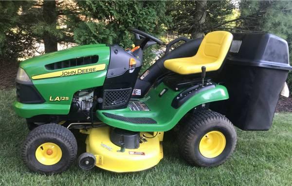 Photo John Deere la125 lawn mower garden tractor with bagger - $950 (Kinnelon NJ)