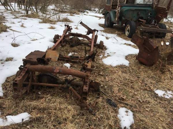 Photo Late 1942 til 1945 mb frame , mb front axle cj2a rear axle - $500 (Walden)