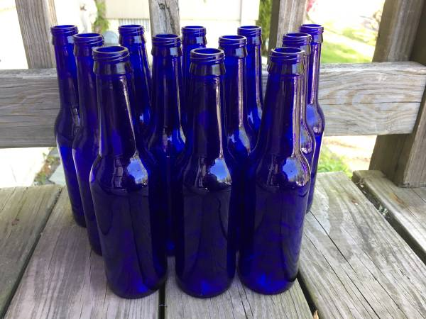 Photo Lot of 30 Cobalt Blue Beer Bottles - $60 (West Haverstraw)