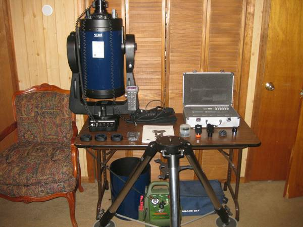 Photo Meade 10quot LX200 GPS f10 Schmidt-Cassegrain Telescope Bundle UHTC - $3000 (New Paltz, NY)
