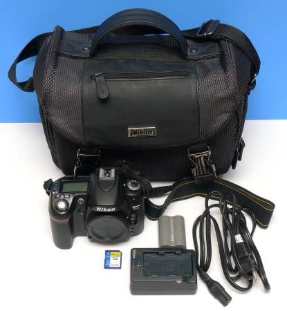 Photo Nikon D80  Nikon Bag  Only 4,000 Shutter Count Excellent Condition - $125 (or Best Offer)