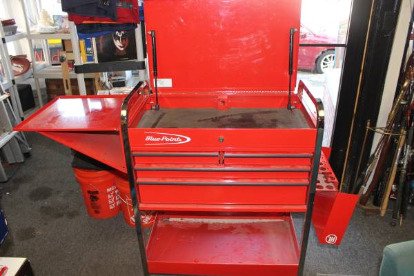 Photo SNAP-ON BLUE POINT 4 DRAWER ROLLING TOOL CART WLOCKING SIDE COMPARTME (POUGHKEEPSIE)