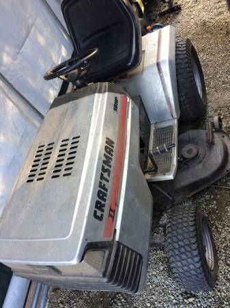 Photo Sears craftsman tractor - $395 (Dover plains)