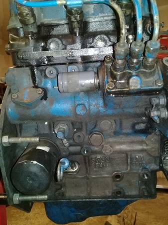 Photo Shibaura s753 engine for parts Ford 1220 - $750 (Pawling)