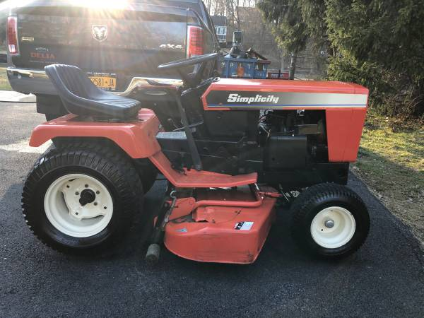 Photo Simplicity 17gth-l garden tractor - $1850 (Somers ny)