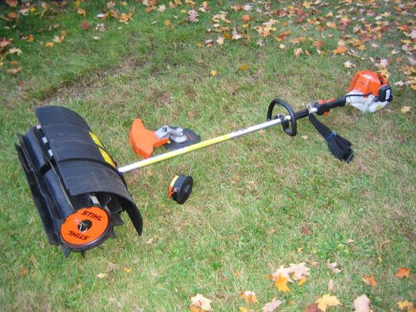 Photo Stihl FS80R Commercial Power Sweeper - $679 (Central Valley)