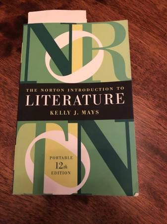 Photo The Norton introduction to literature - $40 (Middletown)