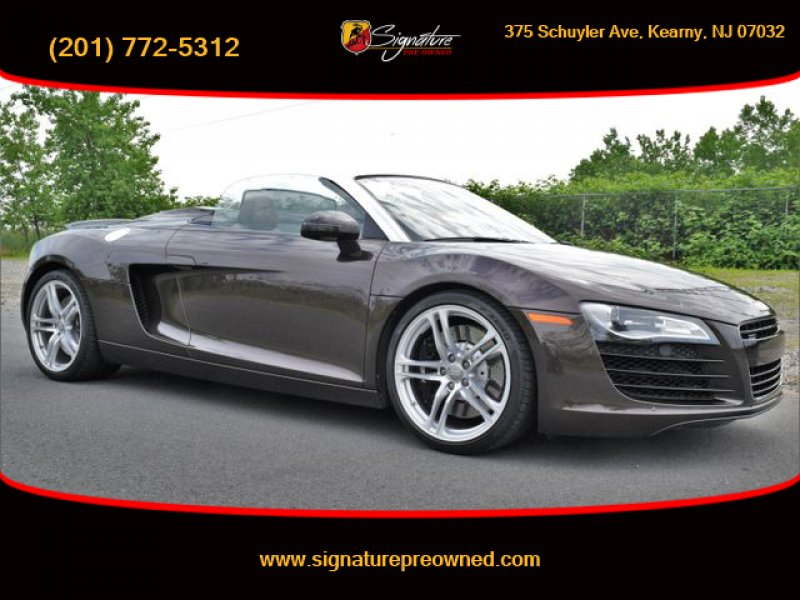Photo Used 2011 Audi R8 4.2 Spyder for sale