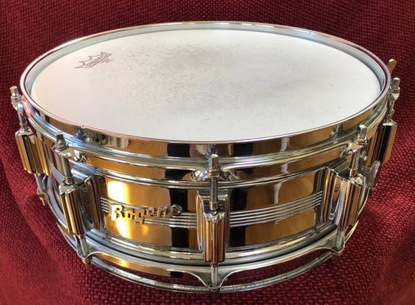 Photo Vintage Rogers Dyna Sonic Custom Built 10 Lug Snare Drum 14 x 5 . Con - $275 (Newburgh)