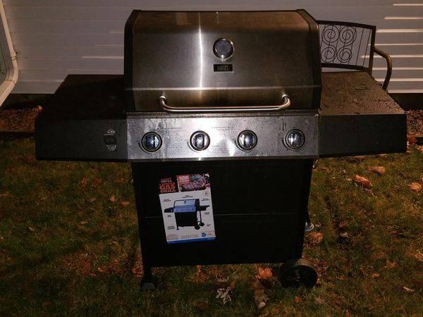 Photo Weber BBQ Grill - $65 (FISHKILL)
