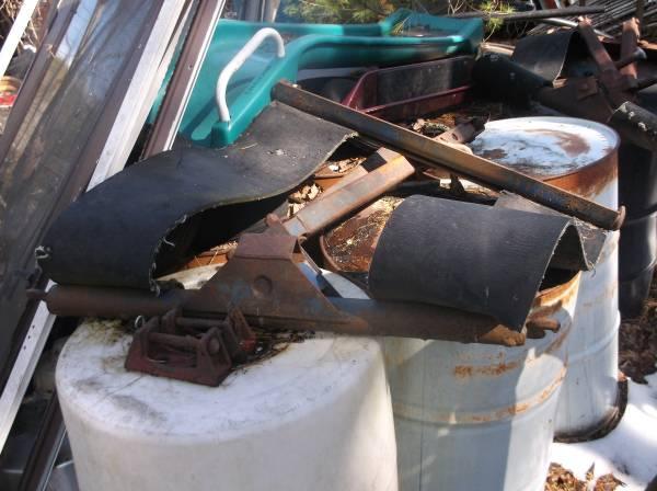 Photo older tow truck tee bar tow bar - $99 (kingston n.y. 12401)