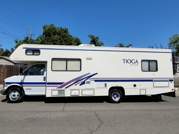 Photo 2000 Tioga class c motorhome with 40k original miles - $17,900 (Vallejo)