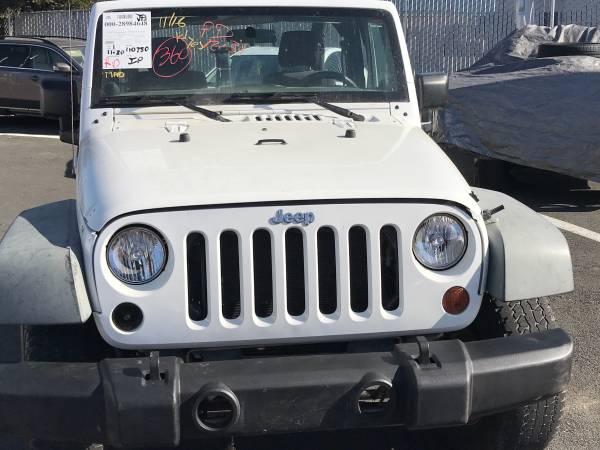 Photo 2011 Jeep Wrangler 4x4. White. 120k. 6 cyl. - $13,750 (SF Bay area Richmond)