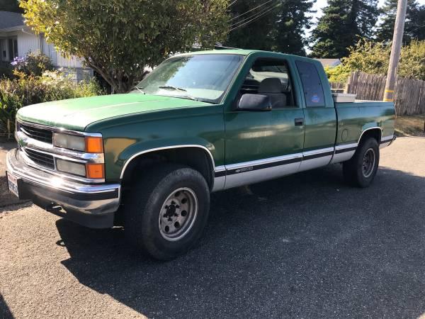 Photo 95 Chevy 1500 - $7,000 (Eureka)
