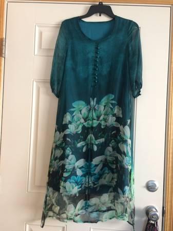 Photo A-Thena Green A-Line Silk Dress - $20 (McKinleyville)