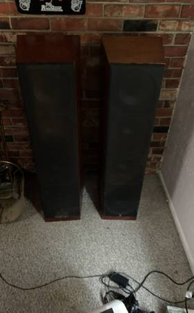 Photo Acoustic research classic 26 speakers - $1,000 (Eureka)