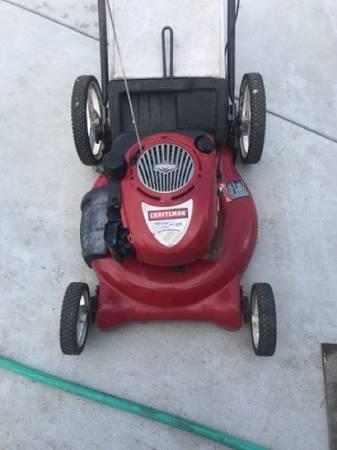 Photo Craftsman 21 inch mower - $160 (Eureka)