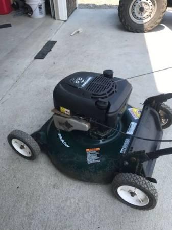 Photo Craftsman mower - $80 (Cutten)
