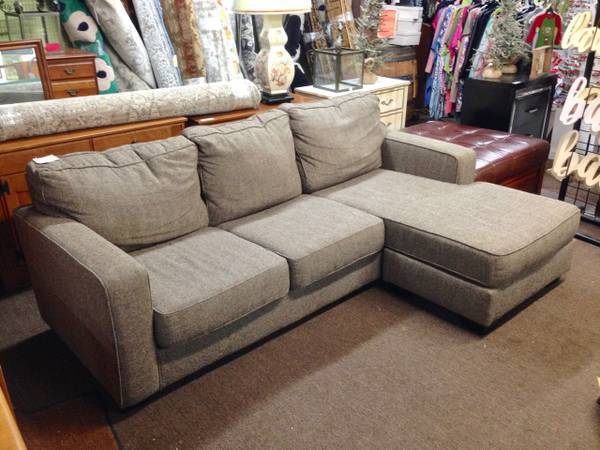 Photo HUGE SELECTION of New  Used Furniture (Carl Johnson Company, Eureka)